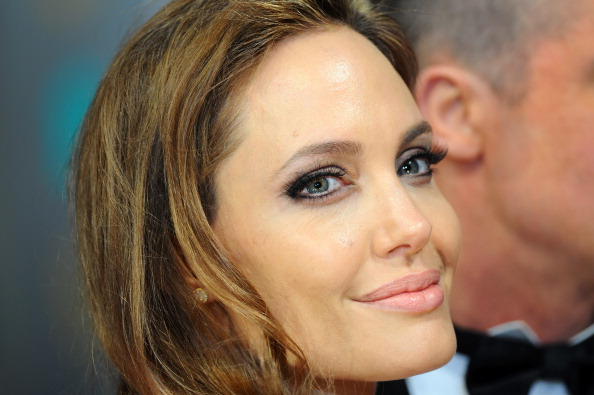 Angelina Jolie es vista en público por primera vez tras polémica separación de Brad Pitt